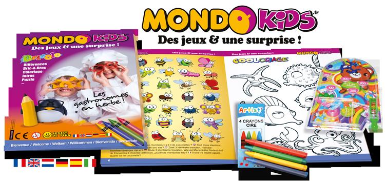 Cahier de jeux + 4 crayons + jouet